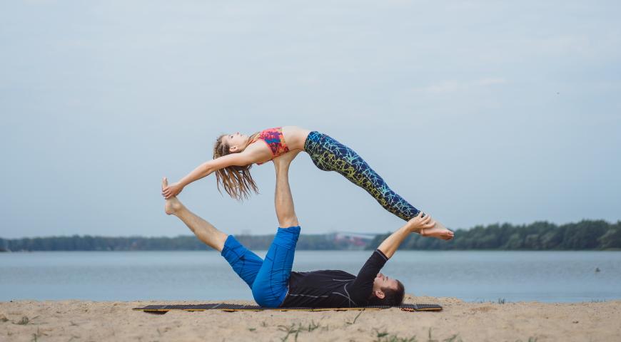 Acro-Yoga – sztuka budowania relacji