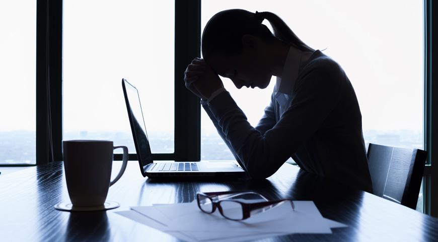 Dlaczego praca przy komputerze stresuje Cię bardziej niż myślisz