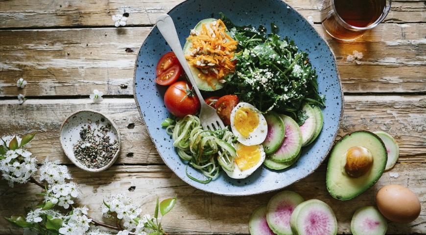 Post przerywany (Intermittent Fasting) – czy służy zdrowiu i odchudzaniu?