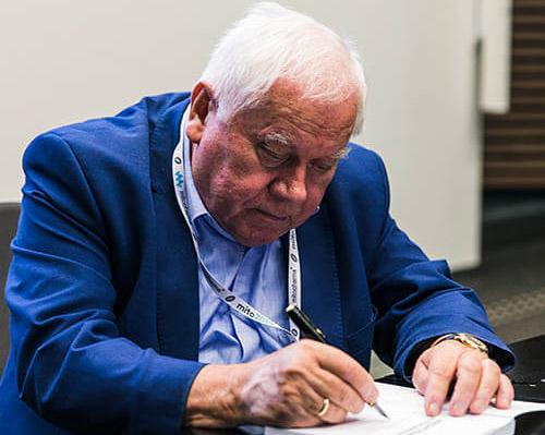 dr Bodo Kukliński