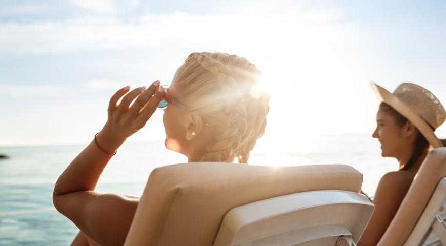 Oparzenia słoneczne – domowe sposoby i naturalna pomoc