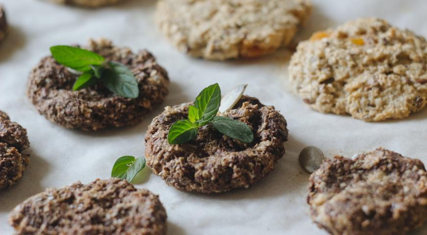 Bezglutenowe ciastka z kaszy quinoa bez pieczenia